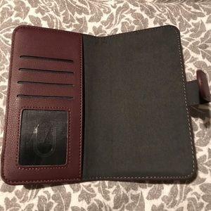 Accessories - iPhone 7 Plus phone case plum